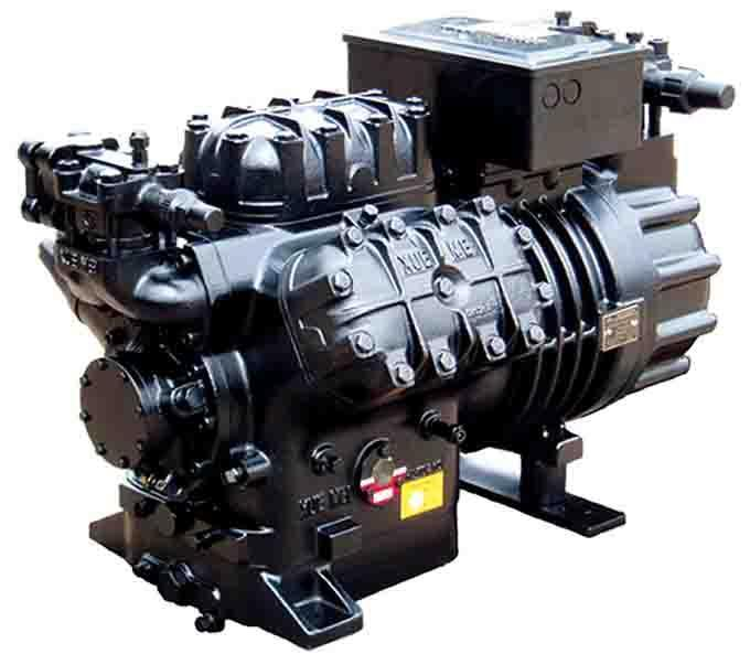 AW半封闭制冷压缩机 雪梅AW系列压缩机是我公司在原成功引进日立公司及英国ARCTIC CIRCLE公司半封闭制冷压缩机生产制造技术的基础上,研制开发的AC系列延续产品。该系列压缩机电机名义功率从25HP~50HP,排气量为:106m3/h、129m3/h及154m3/h三种规格,共分为高中温及中低温6种型号压缩机。无论是使用过渡制冷剂R22,还是新型无氯HFC制冷剂,压缩机都能平稳可靠、高效运转。使用制冷剂R22的制冷量范围:10KW~204KW。 精湛的设计制造技术: 高精度加工中心加工的机体等关键零