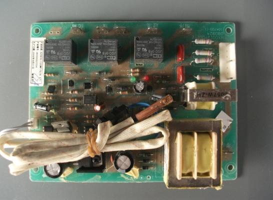 志高空调配件-电路板-空调制冷大市场