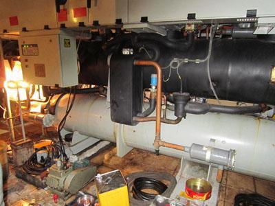 开利30hxc螺杆冷水机组检修