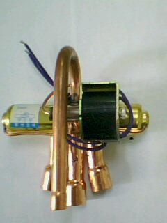 产品名称: 3p四通阀 产品价格:电议      dsf-11空调电磁四通换向阀3图片