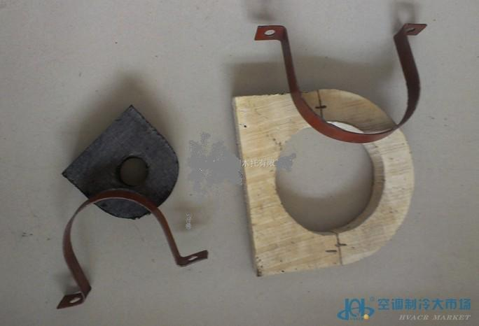 管道木托生产厂家 空调木托-管道木托生产厂家特性:本产品主要原料为红松木、杨木、柳木、为原料、木托表面做防腐沥青柒侵泡、此产品防腐性能好、可反复拆装。 空调木托,中央空调木托,管道木托,管道垫木等,均有配套铁卡 空调木托型号:30*30型, 40*40型, 5050型, 80*80型, 100*100型,150*150型,200*200型,250*250型 空调木托规格:27、34、43、48、57、60、76、89、108、114、133、159、165、219、273、325、377、426、478、