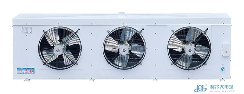 一、产品特点: 水冲霜冷风机是一种配套于不宜适用电热除霜或者要求快速除霜的冷库使用的库内降温设备,根据适用温度,可分为DLS、DDS、DJS三个系列,分别适用于0、-18及-25左右的冷库使用。 该系列产品具有如下特点:  外壳采用优质钢板,表面喷塑、耐腐蚀、外形美观;  盘管采用铜管错排方式,利用机械涨管,使铜管与翅片紧密接合,换热效果好;  采用水冲霜,除霜速度快、效果好、能耗小;  可根据客户要求采用长距离送风或防爆型电机。