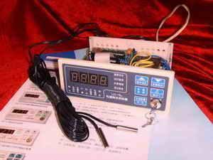 多用途单片机微电脑温度湿度控制