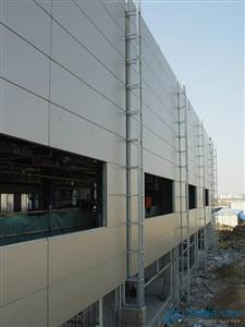 新型玻璃丝棉聚氨酯保温板