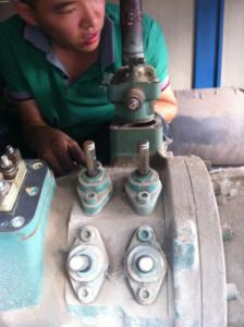 冷水机组布里斯托压缩机维修