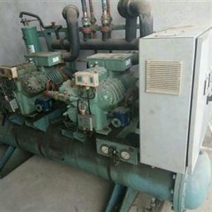 活塞冷水机组回收