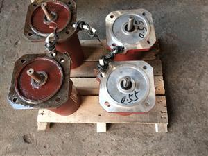 YDF-112-4,1370R/MIN,0.09KW