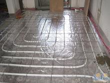 厂家直销50克无纺布反射膜。地暖专用保温材料