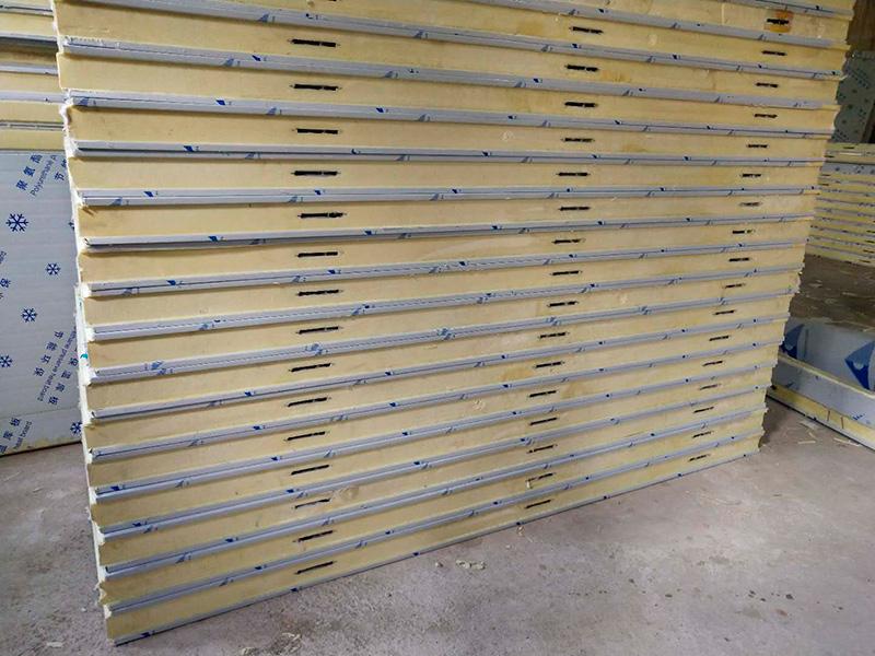 150mm厚的聚氨酯冷库板