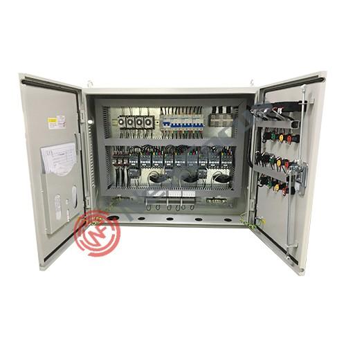 福柯思-----一库三机活塞机组控制柜