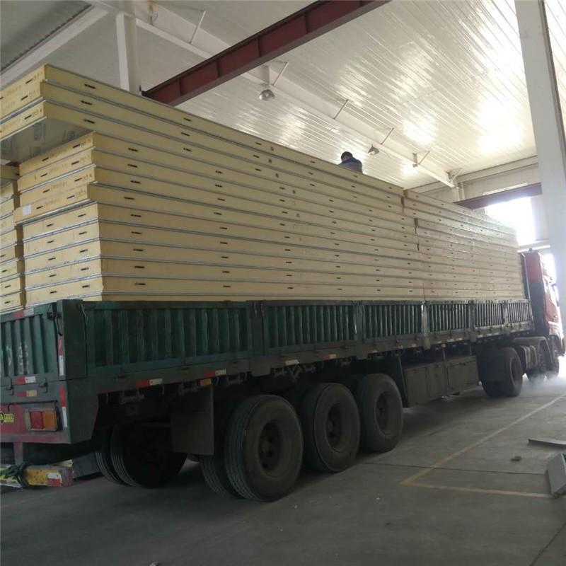 阻燃聚氨酯保温板    夹芯复合冷库板   双面彩钢聚氨酯板