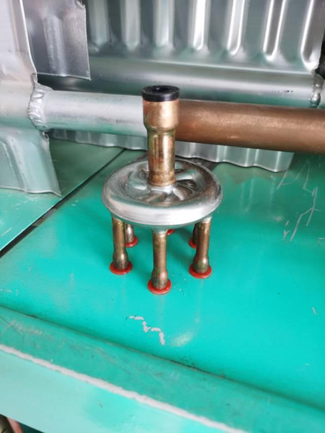离心式分液器