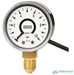 带电子压力开关的波登管压力表