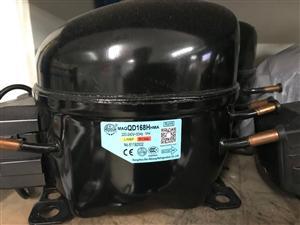 霓虹1P压缩机QD168H  R134a制冷剂