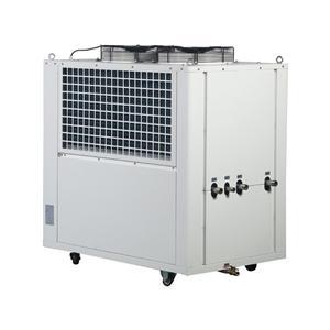 冷水机30